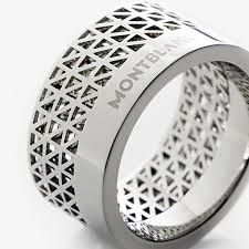 Montblanc Contemporary Collection Ring - would look better without their logo on it :s
