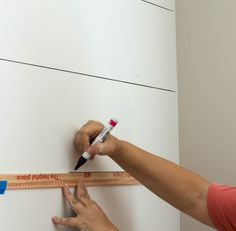 How to Faux Shiplap with a Sharpie Paint Pen - Savvy Apron Shiplap Wall Paper, Shiplap Bathroom Wall, Painting Shiplap, Faux Painting, Diy Painting, Washroom, Dyi Bathroom, Bathroom Cabinets, Shiplap Cost