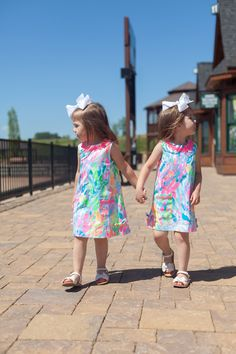 d5da5d06791 we can t get enough of this Little Lilly Classic Shift!