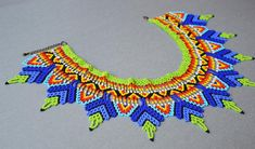 Abalotado huichol gargantilla collar africano tribal boho | Etsy Tribal Necklace, Collar Necklace, Crochet Necklace, Beaded Collar, Beaded Choker, Collars, Collar Tribal, Beaded Earrings Patterns, Boho Jewelry