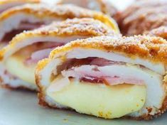 Air Fryer Chicken Cordon Bleu Recipe - Make Your Meals Air Frier Recipes, Air Fryer Oven Recipes, Air Fryer Dinner Recipes, Air Fryer Recipes Chicken Breast, Recipes Dinner, Chicken Cordon Blue, Wiener Schnitzel, Food To Make, Food And Drink