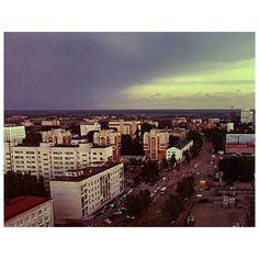 """#syktyvkar #komi #russia #сыктывкар #коми #россия #небо #город #р#лето #дома #июнь #rkomi #r_komi #russiannorth #outdoor #sky #summer #houses #komigram…"""