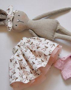 Handmade Toys, Handmade Rag Dolls, Handmade Dolls Patterns, Fabric Toys, Sew Toys, Fabric Animals, Sewing Dolls, Crochet Bunny, Knitted Dolls