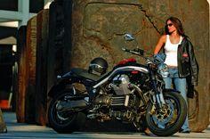Moto Guzzi Griso: Techno-Custom 2007 . This is a beautiful bike!