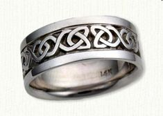 Celtic Dara Knot Wedding Rings by deSignet - make your dream wedding bands a reality ! Celtic Band Tattoo, Unique Rings, Beautiful Rings, Celtic Wedding Bands, Custom Wedding Rings, Custom Jewelry Design, Rings For Men, Engagement Rings, Metals