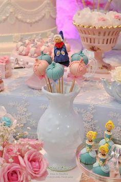 Olha Que Festa Cinderela Encantadora!!Apaixonada Por Tanta Fofura.Decoração  Cristine Reis.