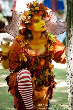 Most awesome Autumn Fairy from the Bristol Ren Faire. I'm totally gonna have to do this look.