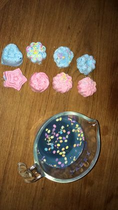 A little tricky at first but if I can do it you can too! Homemade Bath Bombs, I Can Do It, Cookies, Canning, Desserts, Food, Crack Crackers, Tailgate Desserts, Diy Bath Bombs