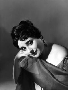 The Incomparable Victoria de los Angeles (1923-2005).  Her singing brings tears to my eyes...