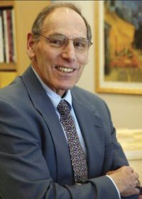 Dr. Bruce Tuckman (1938) is a scientist, consultant and Professor Emeritus of Educational Psychology at The Ohio State University. He is best known for his five stages of group development theory. Read more: http://www.toolshero.com/bruce-tuckman/