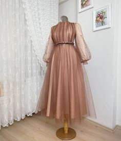 Dress With Sleeves Casual Summer Dresses Elegant, Most Beautiful Dresses, Simple Dresses, Casual Dresses, Fashion Dresses, Dresses With Sleeves, Hijab Evening Dress, Hijab Dress Party, Hijab Wedding Dresses