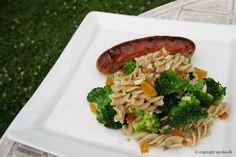 EGOSHE.dk - En madblog med South Beach opskrifter og andet godt...: Fuldkorns pastasalat med broccoli og abrikos