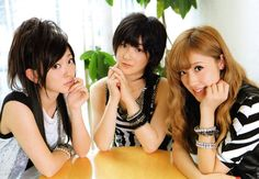 Buono! is a Hello! Project unit consisting of three members: Momoko Tsugunaga (leader) and Miyabi Natsuyaki from Berryz Koubou, and Airi Suzuki from °C-ute. Most of their songs are of the rock genre, thus giving the group a different image from the usual idol group. The photo shows them promoting their 2010 live tour.    http://sayunii.files.wordpress.com/2010/08/img2010072417081956.jpg