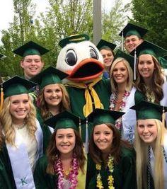 The UO class of 2014 celebrates   Around the O #GoDucks