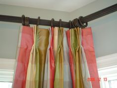 Good Mounting Curtains In A Corner