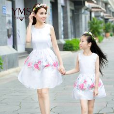 2016 verano estilo de moda madre e hija familia ropa de moda casual chaleco de la impresión floral de los bebés vestidos de ropa