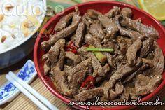 Preparem o olfato, o paladar e o estômago pois a receita de hoje as Tirinhas de Carne Thai é demais, é de dar água na boca. Como de costume é uma receita ...