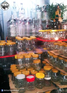 Looking for glass jars and bottles: Tabora and De Santos streets in Divisoria