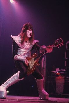Ace Frehley ~  Alive II Tour ~  Veterans Memorial Coliseum  ~ New Haven, Connecticut, January 28, 1978