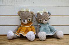 Doris the old-fashioned teddy bear amigurumi crochet pattern by lilleliis