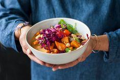 Groentecurry met rodekoolsalade - Recept - Allerhande