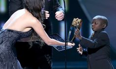 "15-year-old Saints fan to be presented with Jimmy V Award = New Orleans Saints fanatic Jarrius Robertson was chosen to receive the Jimmy V Perseverance Award at the ESPYS on July 12, it was announced on ""Good Morning America"" on Wednesday morning. The 15-year-old has battled....."