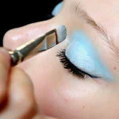 How To Apply Pastel Eyeshadow Shades