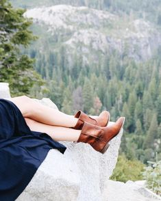 Pit stop in the Cara Short. #TravelwithFRYE