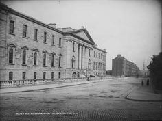 Mater M Hospital, Dublin Ireland Pictures, Images Of Ireland, Old Pictures, Old Photos, Dublin Street, Dublin City, Castles In Ireland, Ireland Homes, Irish Independence