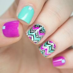 The Nailasaurus | UK Nail Art Blog: Hugs For Emily: Chevron Tribal Nail Art