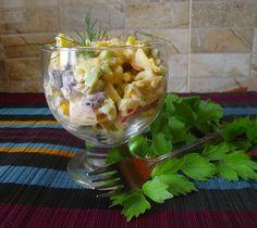 W garach u Gosi: Sałatka z pierożkami tortellini Tortellini, Guacamole, Mexican, Ethnic Recipes, Food, Eten, Meals, Diet