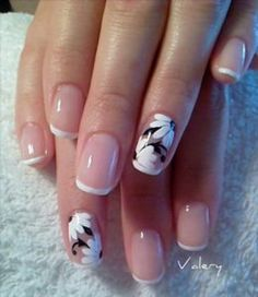 We have come up with 40 cool French tip nails with designs on ring finger for you to try out. I can guarantee you'll find a few in here that you'll always go back to.