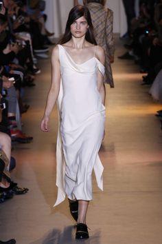 John Galliano ready-to-wear spring/summer '16 - Vogue Australia