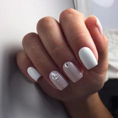 Uploaded by yaryshulya. Find images and videos about nails and nails art on We Heart It - the app to get lost in what you lo… Nude Nails, White Nails, Pink Nails, White Manicure, Fabulous Nails, Perfect Nails, French Nails, May Nails, Nagel Gel