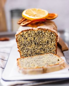 An egg-free Citrus and Poppy Seed Pound Cake recipe that is moist, super easy to make and has a decent amount of poppy seeds. Vegan Sweets, Vegan Snacks, Vegan Desserts, Dessert Recipes, Healthy Sweets, Vegan Food, Easy Vegan Cake Recipe, Raw Vegan Recipes, Vegan Blogs