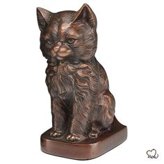 Sitting Cat Pet Cremation Urn for Ashes in Copper Memorial Urns, Memorial Gifts, Pet Cremation Urns, Funeral Urns, Cat With Blue Eyes, Pet Ashes, Owning A Cat, Pet Urns, Cat Sitting