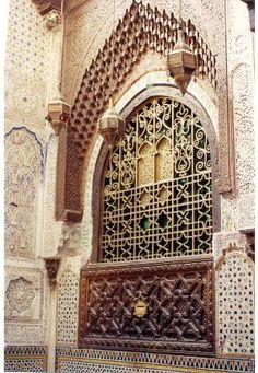door in meknes morocco Islamic Architecture, Beautiful Architecture, Art And Architecture, Architecture Details, Synagogue Architecture, Moroccan Design, Moroccan Style, Moroccan Decor, Casablanca