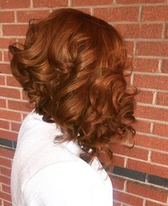Love this color! Weave Hairstyles, Straight Hairstyles, 1950s Hairstyles, 2015 Hairstyles, Natural Hair Weaves, Natural Hair Styles, Glamorous Hair, Queen Hair, Auburn Hair