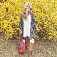 Summer vibes ✌️ via: herlovelystyle.com