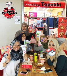 Why so stress? Release all your stress and have fun at our outlet. Enjoy our current event & eat happily. Come visit us now for out event, before it is over.   #myeongdongtopokki #prop #boomerang #mdtchallenge #pokemongo #sunwaypyramid #sunwayputra #1utama #paradigmmall #snaptime #wefie