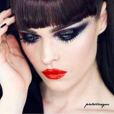 B L A C K  S H I N E  Maybelline - Black Gel Eyeliner  Make-up Factory - Wet Look Clear Gloss Zoeva- Black to earth  Make-up Factory- Spectacular Curves Mascara  KVD - Shade + Light Eyecontour Palette  Lips  Maybelline - Vivid Matte Orange Shot  #Maybelline #makeupfactory #zoevacosmetics #makeupfactory #kvdlook #katvondbeauty  #makeuplover #makeupmafia  #wakeupmakeup #wakeupandmakeup #undiscovered_muas #makeupfanatic1 #vegasnay #makeupaddiction