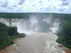 Cataratas do Iguaçu - É água demais para caber na foto...