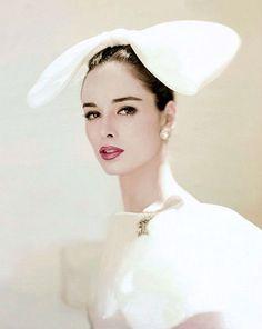 Sondra Peterson, photo by Karen Radkai, 1960