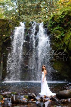38 Super Ideas For Bridal Shoot Waterfall