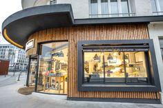 L'épicerie de JOSEPH à Rennes - Architecture par l'agence LABEL ETUDES Store Fronts, Office Ideas, Joseph, Architecture, Rennes, Arquitetura, Desk Ideas, Architecture Design