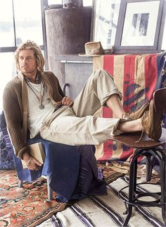 Nick Fouquet-love him and his hats Bohemian Style Men, Hippie Style, Bohemian Outfit Men, Boho Chic, Rugged Style, Style Brut, Hippie Men, Mens Clothing Styles, Men's Clothing