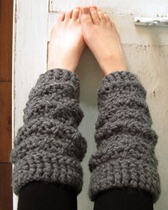 Chunky crochet leg warmers... So cute with boots and leggings!  Photo by Kendra Kat