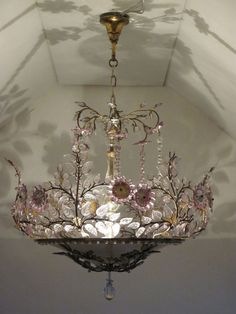 Modern Home Decoration French Country Living;Modern Home Decoration French Country Living; Antique Chandelier, Chandeliers, Chandelier Lighting, French Chandelier, Floral Chandelier, Pretty Lights, Beautiful Lights, I Love Lamp, Deco Boheme