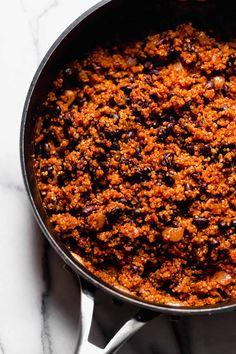 quinoa & black bean tacos (with cilantro lime crema!) - meet your new favorite v. quinoa & black bean tacos (with cilantro lime crema!) – meet your new favorite vegetarian quinoa Vegetarian Tacos, Tasty Vegetarian Recipes, Vegan Tacos, Veggie Recipes, Mexican Food Recipes, Whole Food Recipes, Cooking Recipes, Healthy Recipes, Vegan Quinoa Recipes