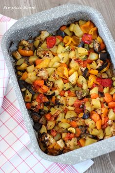World Recipes, Meat Recipes, Cooking Recipes, Healthy Recipes, Ratatouille, Almond Paste Cookies, Oven Vegetables, Potato Vegetable, Romanian Food